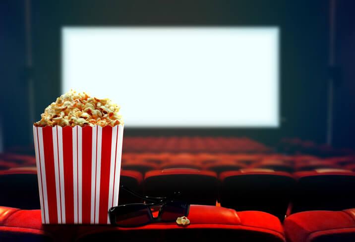 Pipoca no cinema. Cuidado com o silêncio!