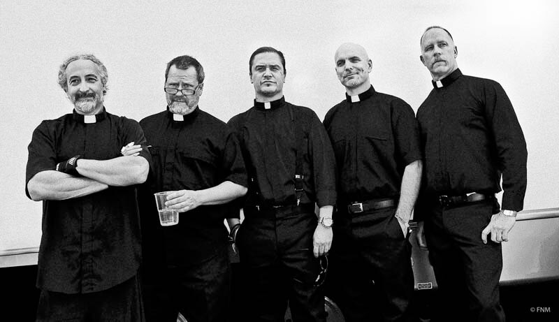 "Faith No More no lançamento do álbum ""Sol Invictus"""