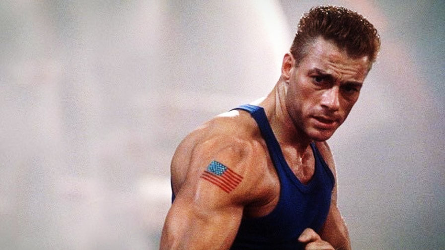 "Jean-Claude Van Damme interpreta ""Guile"" em Street Fighter - A Batalha Final."