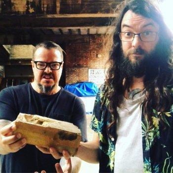 Pet Brick é o mais novo projeto barulhento de Iggor Cavalera